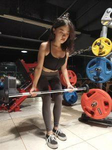 台中健身覺醒健身:【覺醒變身案例】 追求更完美的女神